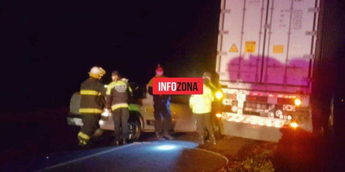 Accidente Ruta 2 - camión auto