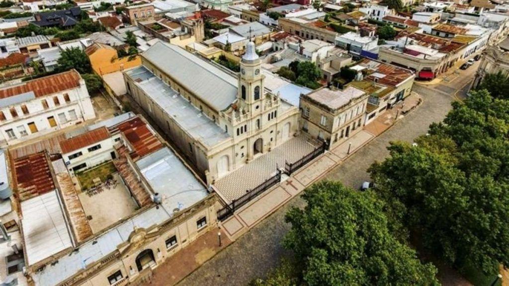 ᐈ San Antonio de Areco vuelve al aislamiento estricto por fuerte aumento de casos de coronavirus