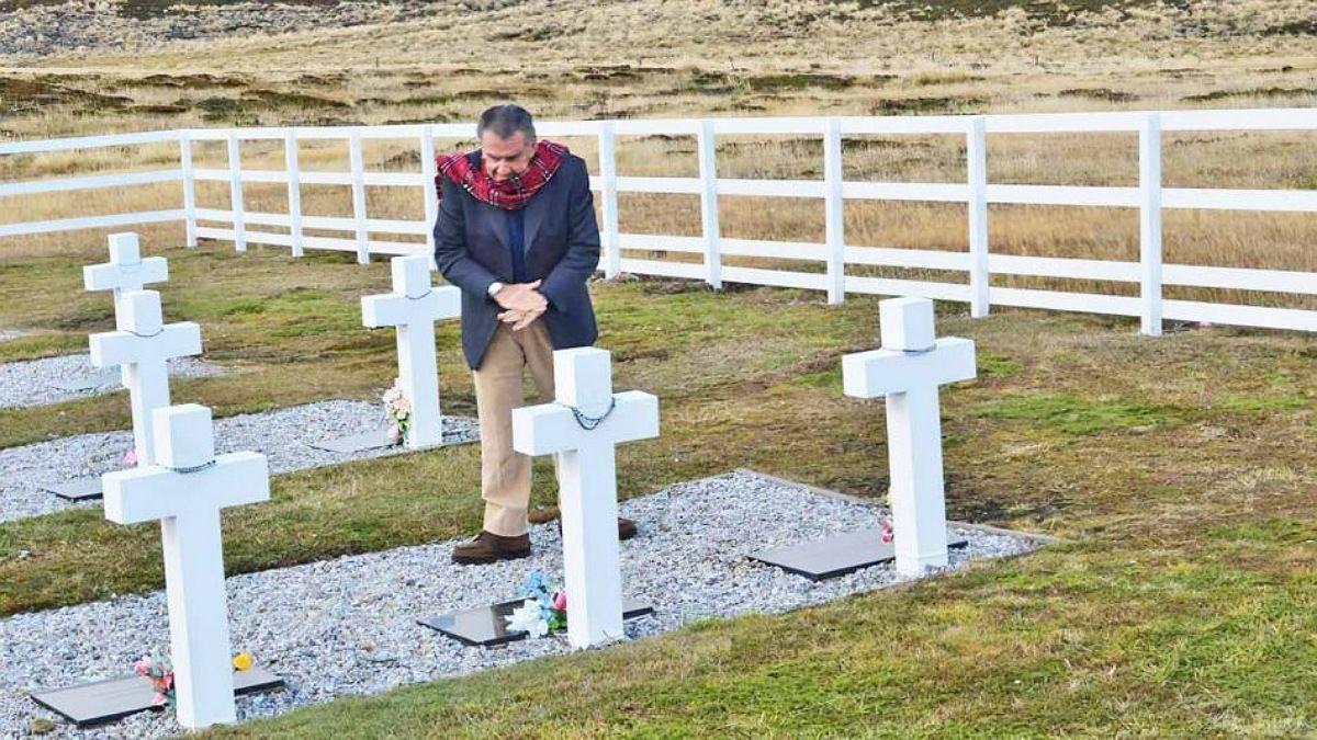 Eduardo Eurnekian enterrado Malvinas