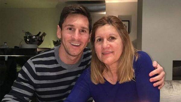 Celia Cuccittini junto a su hijo Lionel Messi